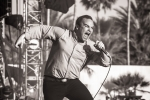09Future Islands_Charles Reagan Hackleman_Coachella_D007028