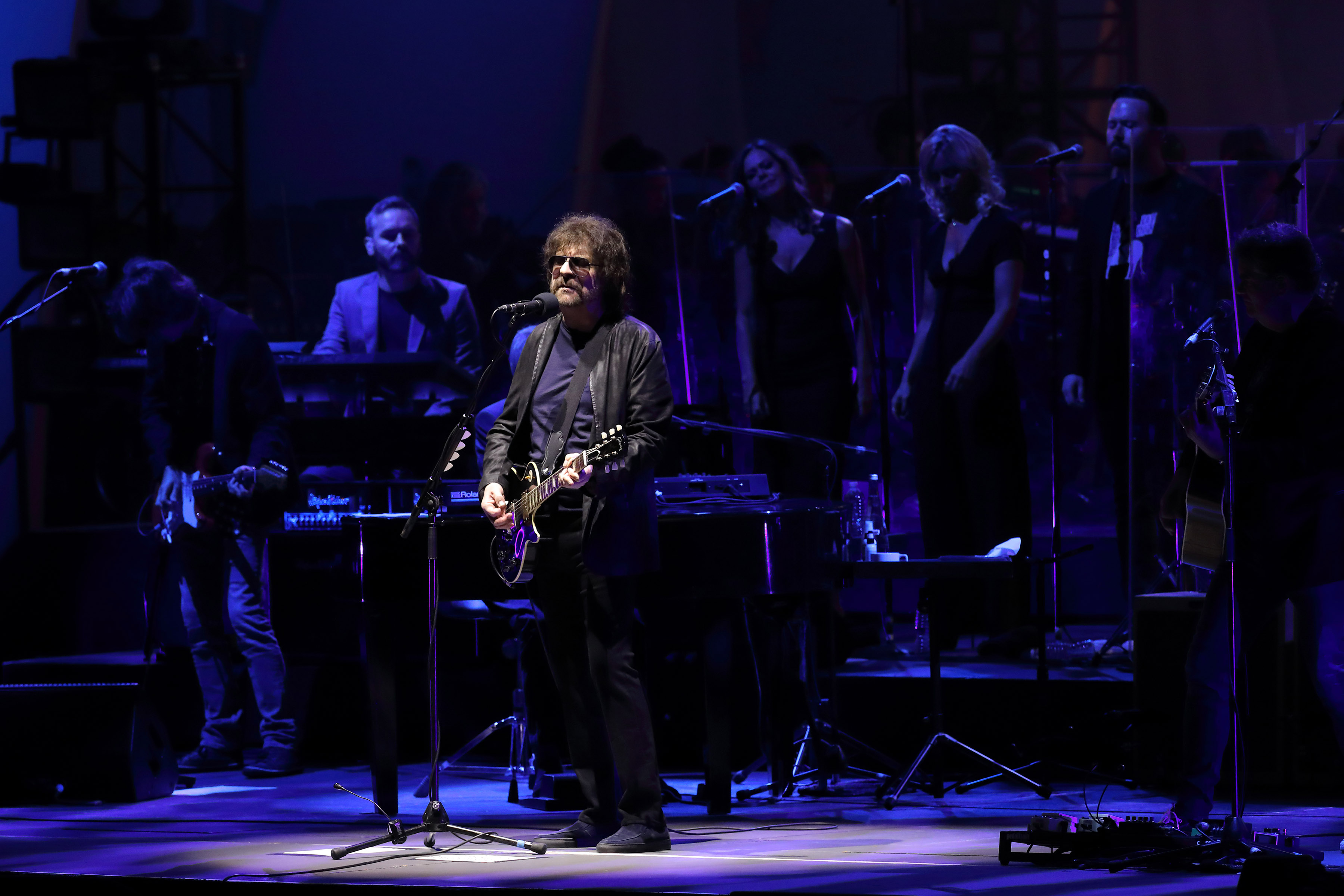 Electric light orchestra orchestra jeff lynne and crew go for Lit orchestra