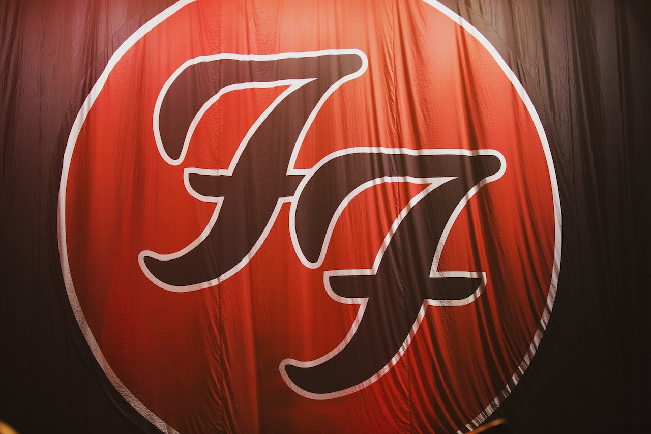 Photos Foo Fighters Gary Clark Jr At The Forum Buzzbands