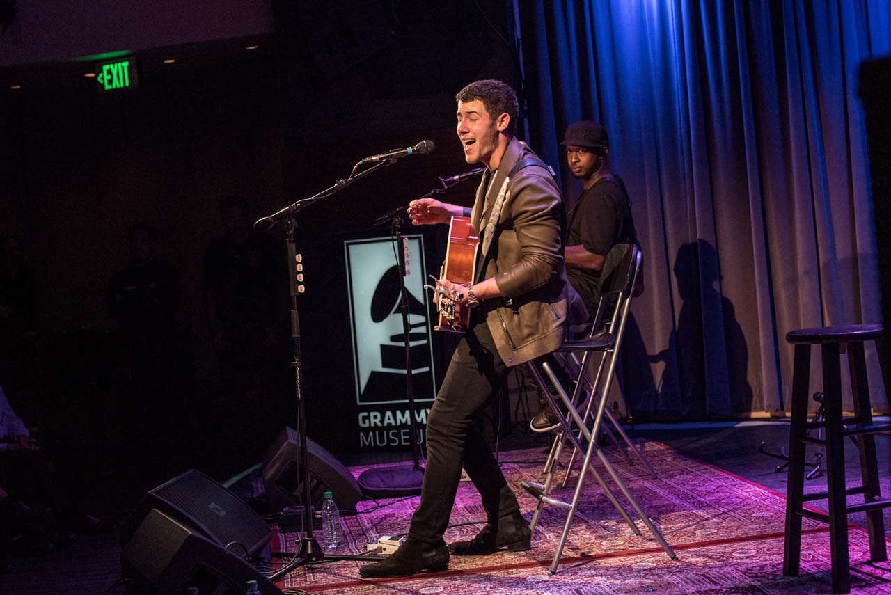 photos nick jonas at the grammy museum buzzbands la