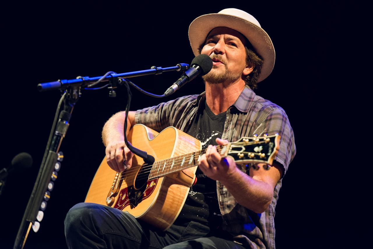 Eddie Vedder Gallery: Photos: Ohana Fest, Day 2, With Yeah Yeah Yeahs, Eddie