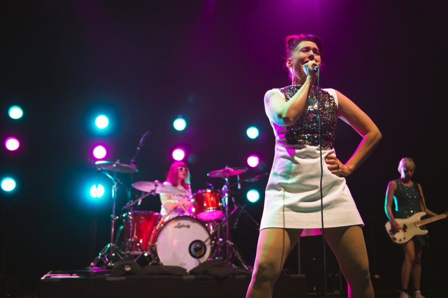 Photos: Bikini Kill at the Hollywood Palladium – buzzbands la